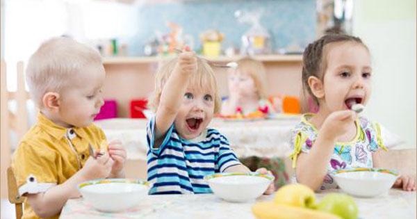 Little Kids Can Cook: Your Very Own Lunch